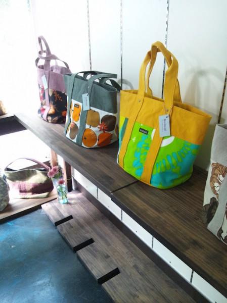 展示のバッグ