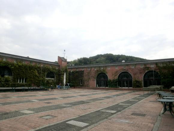 倉敷アイビースクエア中庭
