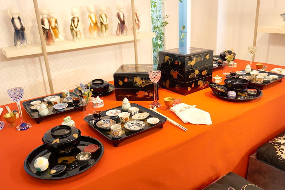 黒柳徹子さんのテーブルウェアコーディネイト作品