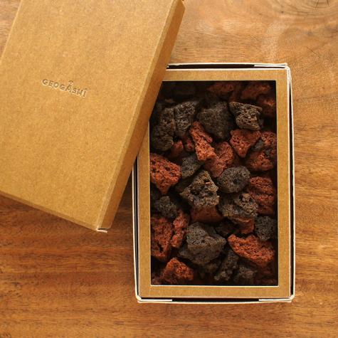 【箱ジオ】鑑賞してから食べるジオガシ 富士山スコリア焼チョコ【バレンタイン】